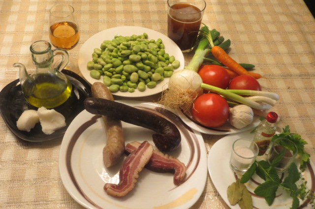 Ingredientes de habas a la catalana