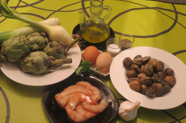 ingredientes de alcachofas con gambas y almejas