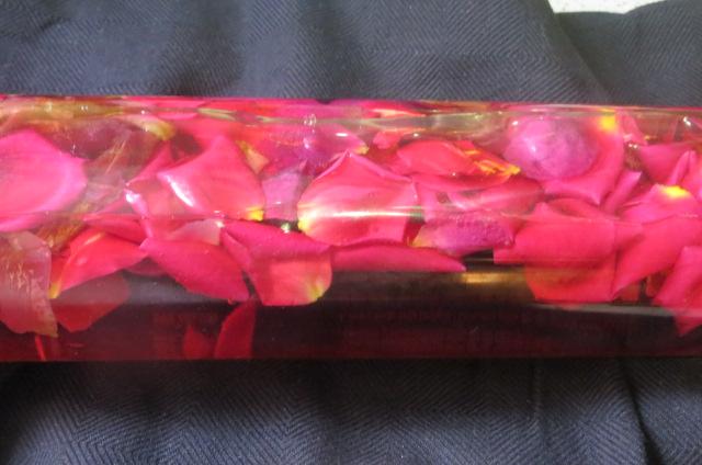 pétalos de rosa en maceración