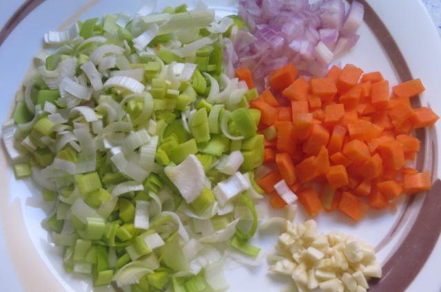 verduras limpias y cortadas