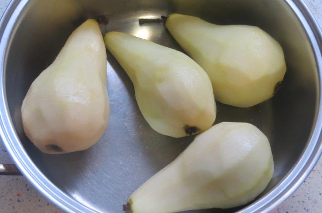 peras en la cazuela