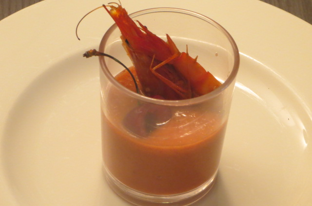 aperitivo de gazpacho de cerezas