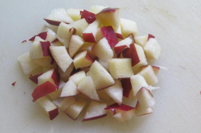 manzana cortada a dados