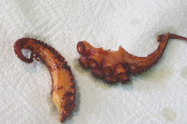 puntas de patas de pulpo fritas