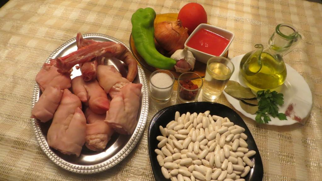 ingredientes de fabes con manos y rabo de cerdo