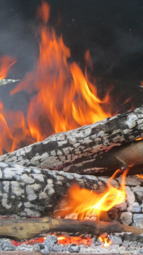 fuego para obtener ascuas