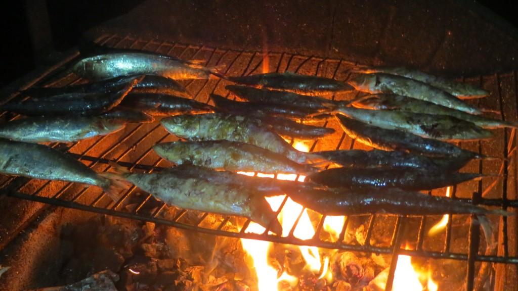sardinas sobre la parrilla