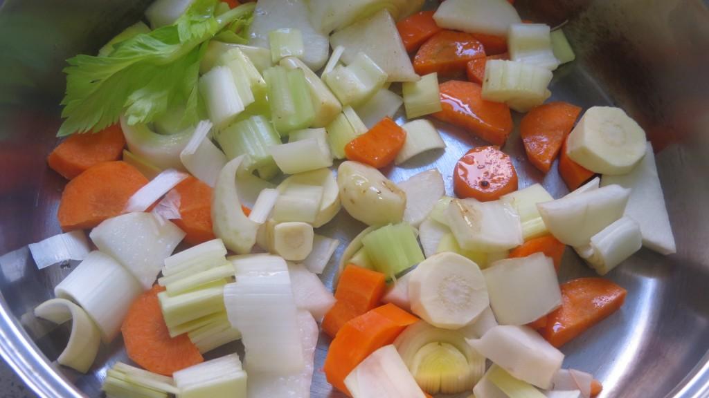 dorado de las verduras para realizar la salsa