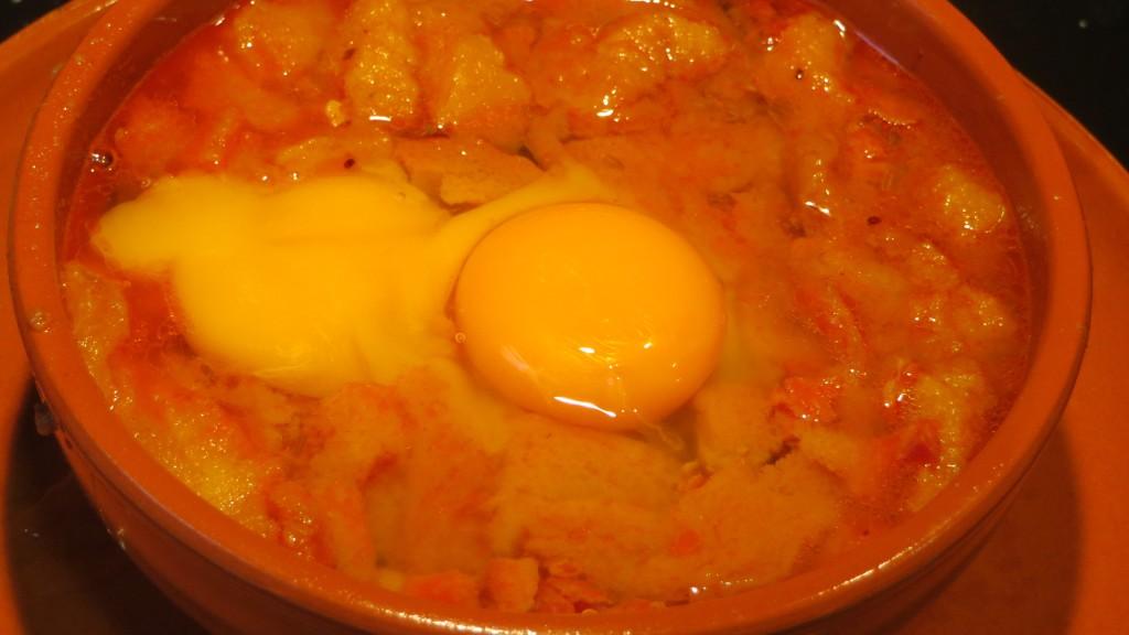 huevos incorporados al caldo