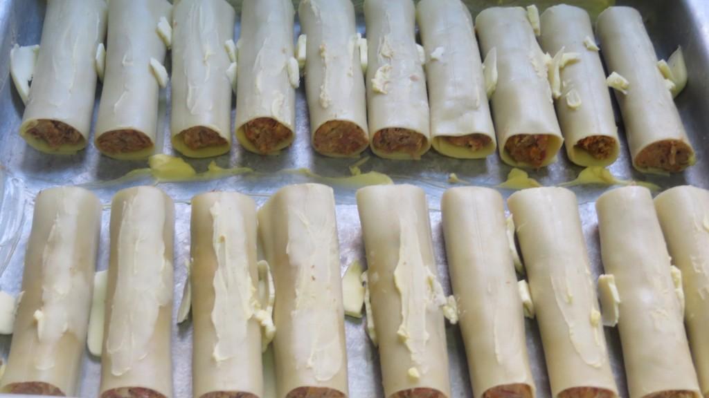 canelones untados de mantequilla