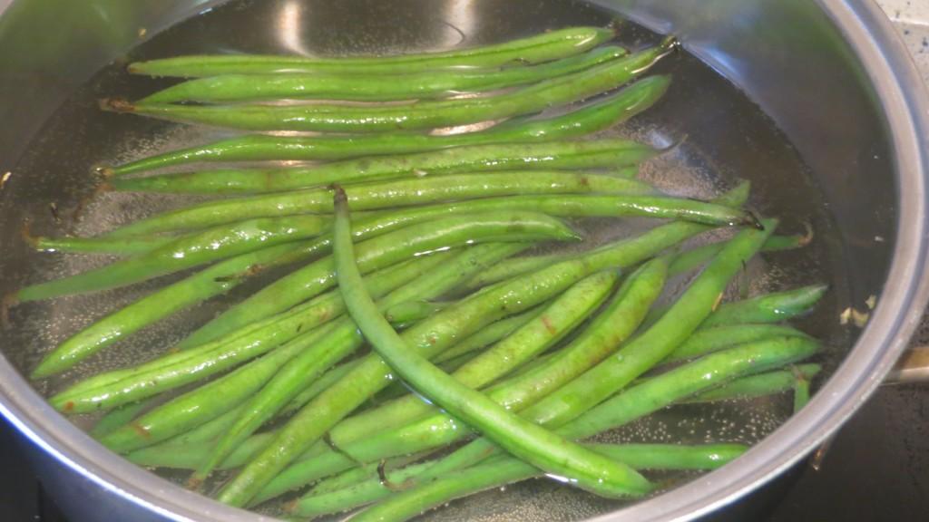 judías verdes cociéndose