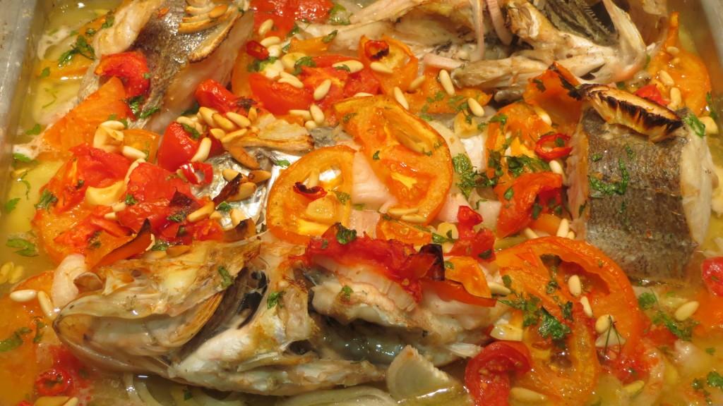 guiso de pescados horneado