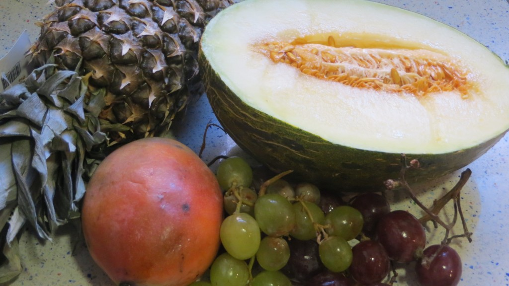 algunos ingredientes de frutas para la sangría