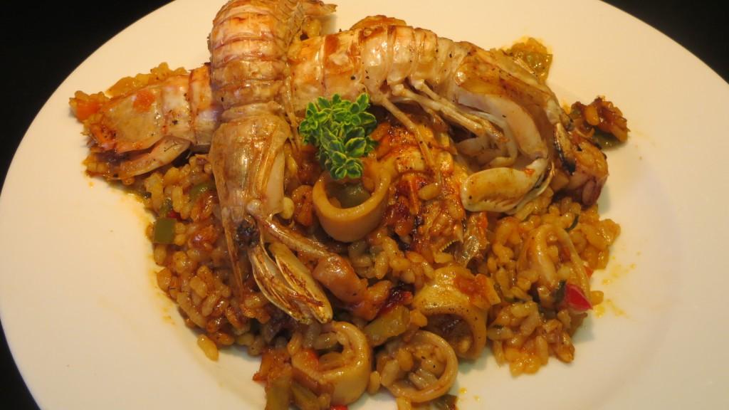 arroz con verduras, galeras y calamares