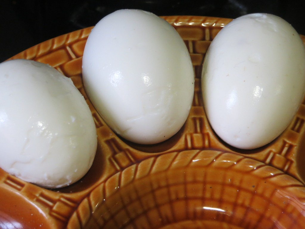 huevos duros pelados