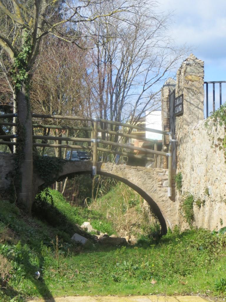 puentecito en Boadella d´Empordà