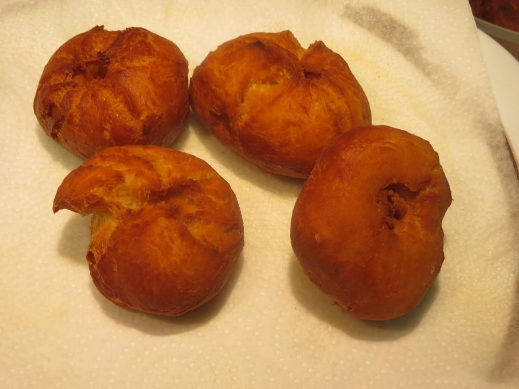 buñuelos terminados de freír