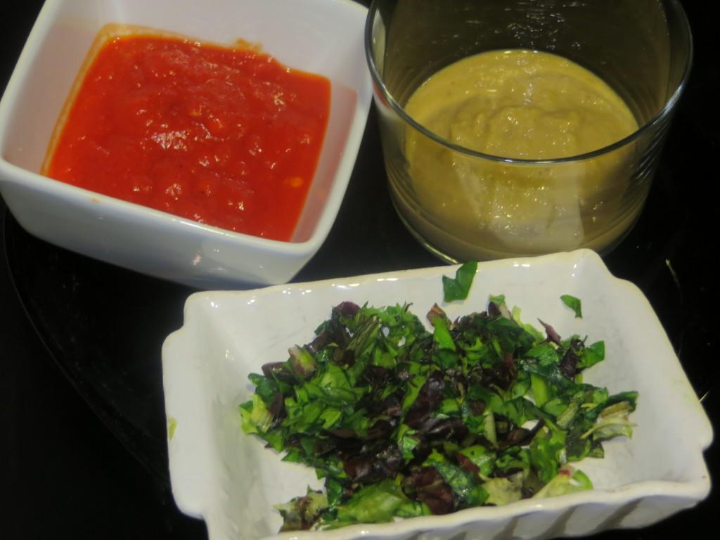 crema de pimiento rojo,  crema de aceitunas y anchoas y ensaladas finamente picadas