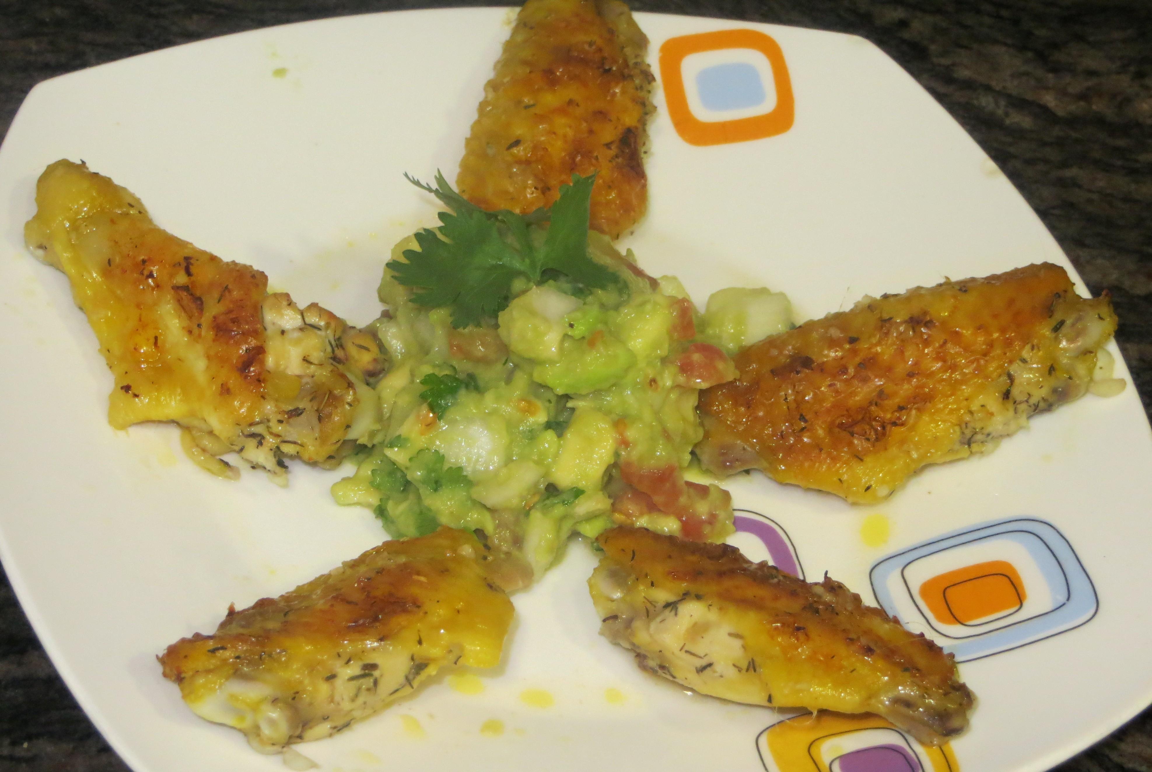 alitas de pollo con guacamole