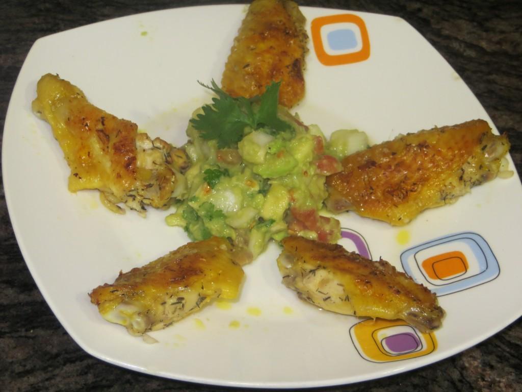 alas de pollo asado con guacamole