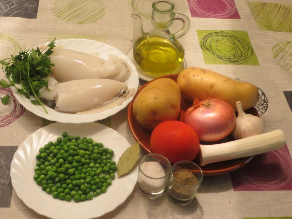 ingredientes de sepia con patatas y guisantes