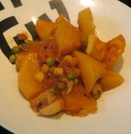 guisantes con sepia y patatas