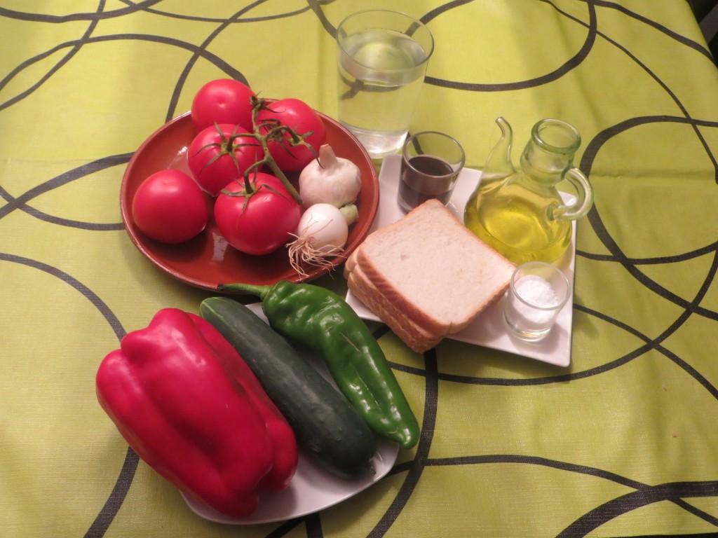 ingredientes para hacer el gazpacho