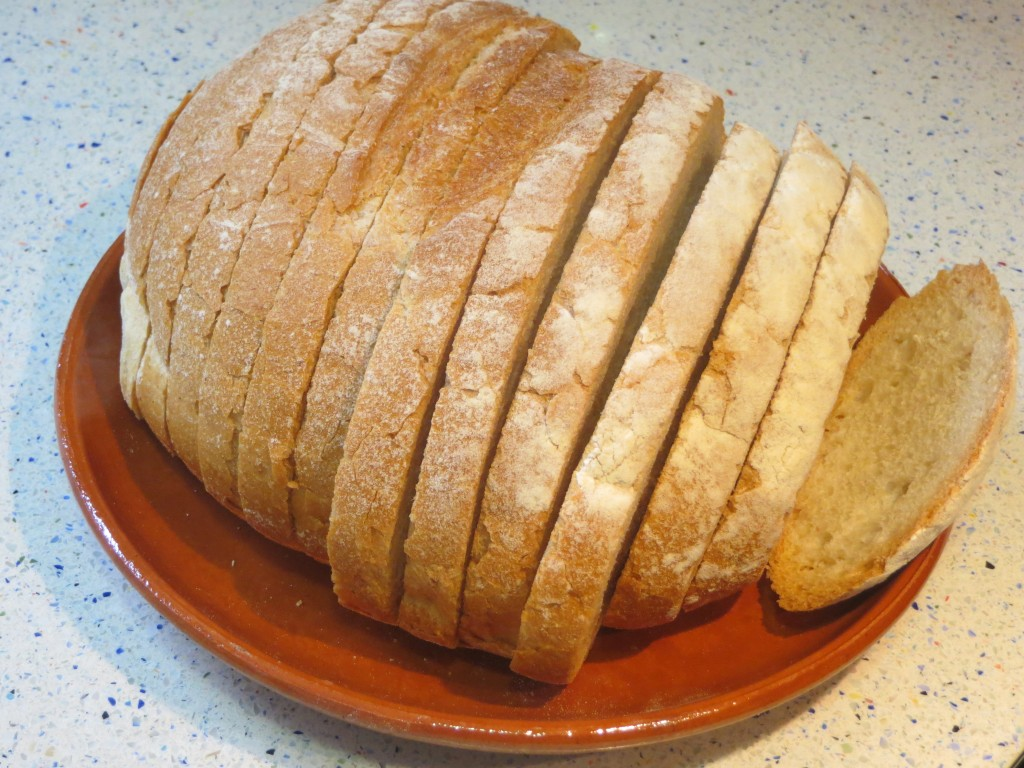 rebanadas de pan rústico