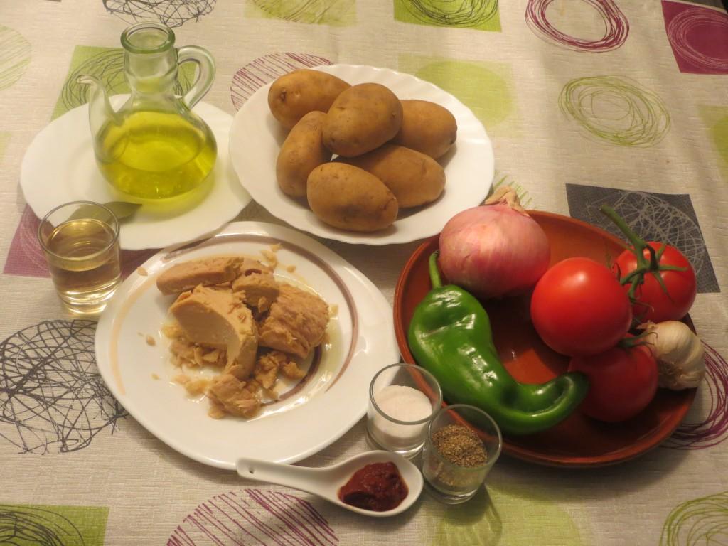 ingredientes patatas con bonito en conserva