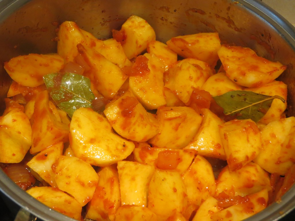 patatas cascadas incorporadas al sofrito del estofado