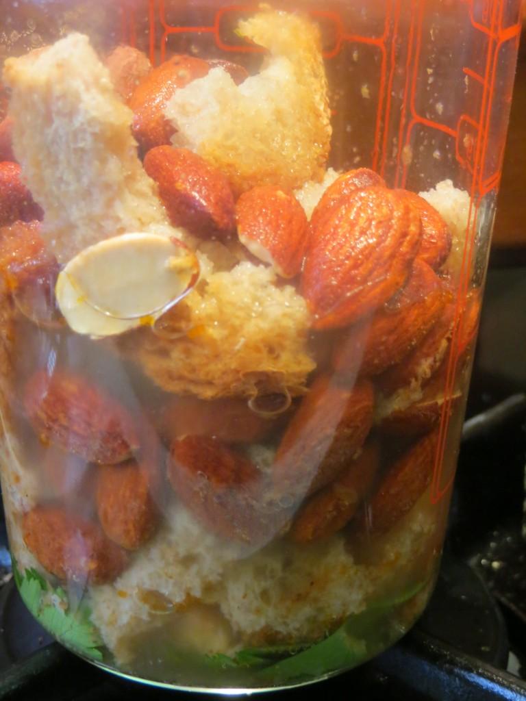 ingredientes de la picada en el vaso