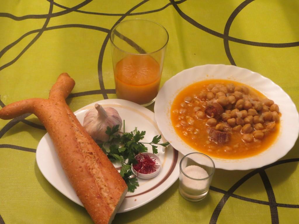 ingredientes de la sopa de caldo de cocido