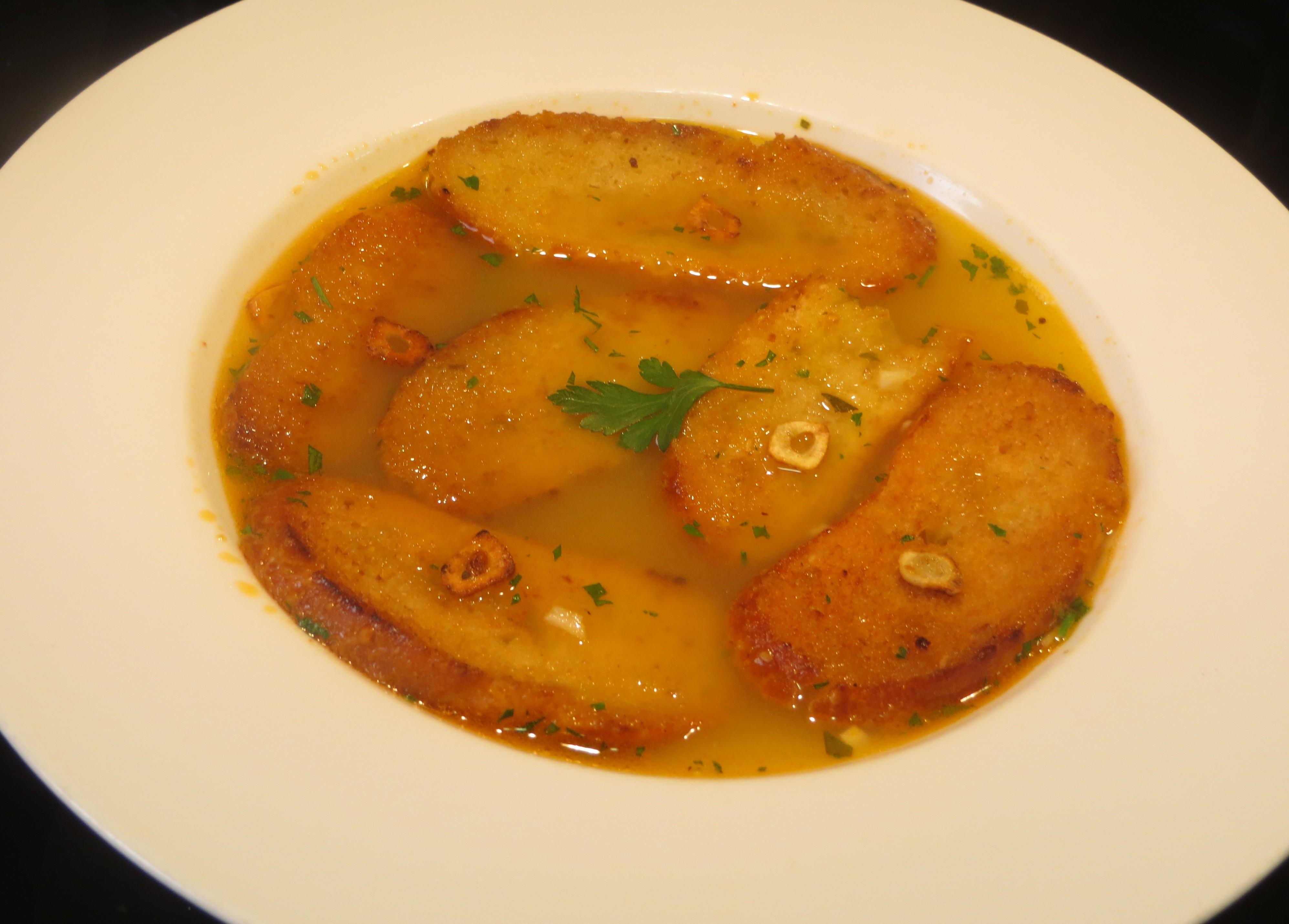 sopa de caldo de cocido