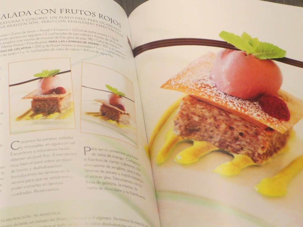 Jugando con fogones libro cocina molecular y fusi n for Postres de cocina molecular