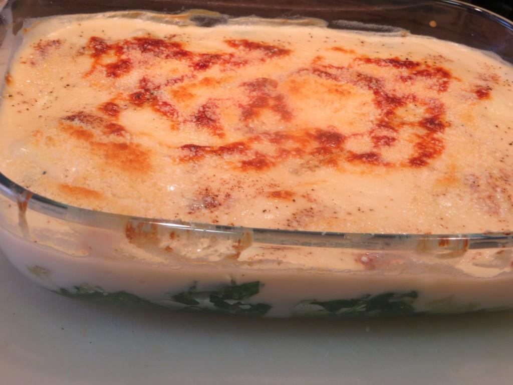 espinacas con bacalao y bechamel acabadas de gratinar