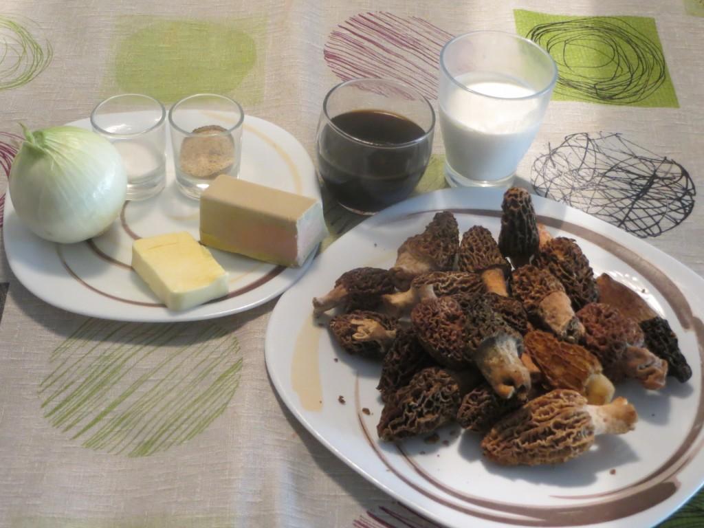 ingredientes de colmenillas rellenas de foie