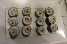 maki sushi de atún