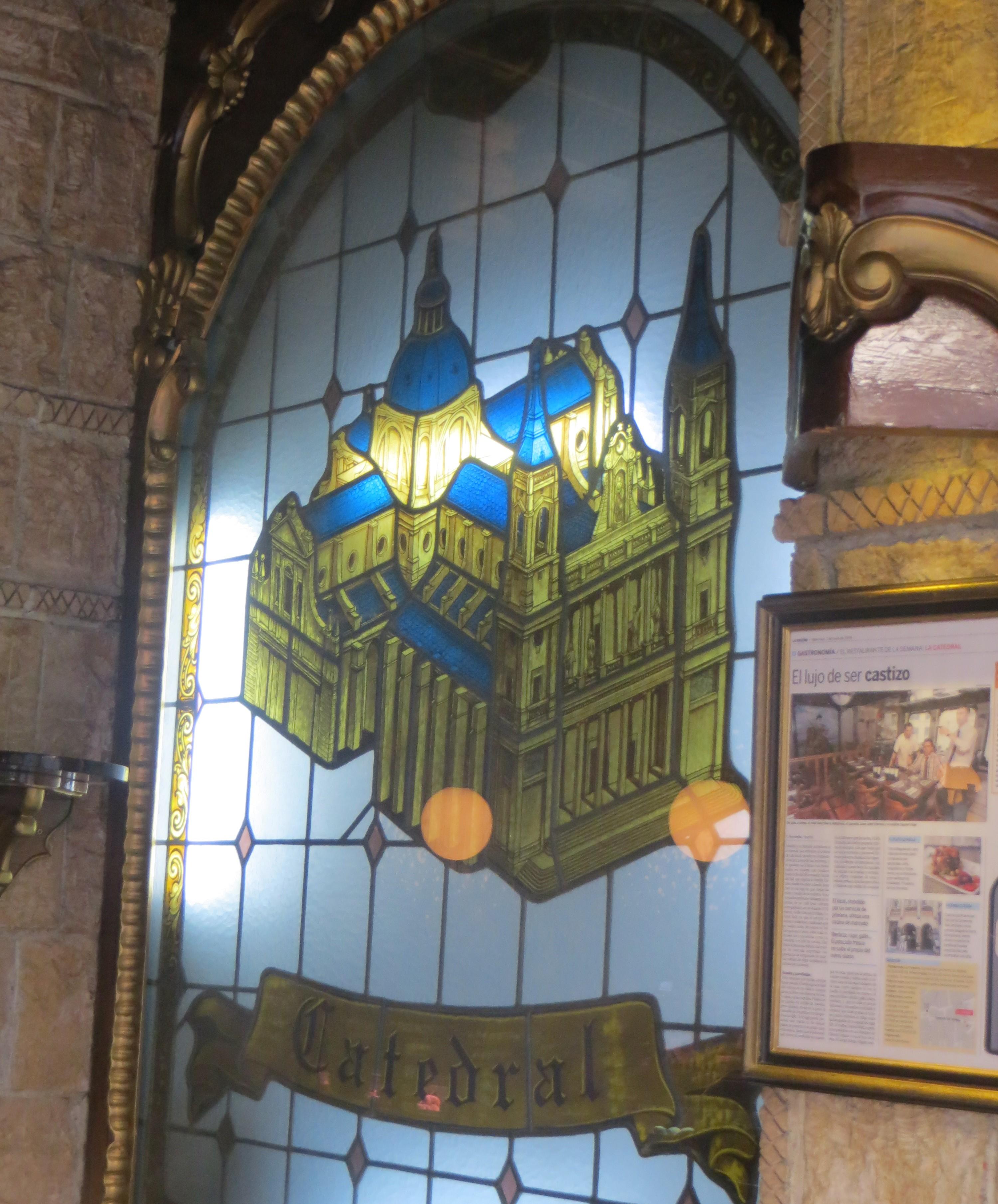interior del restaurante La Catedral