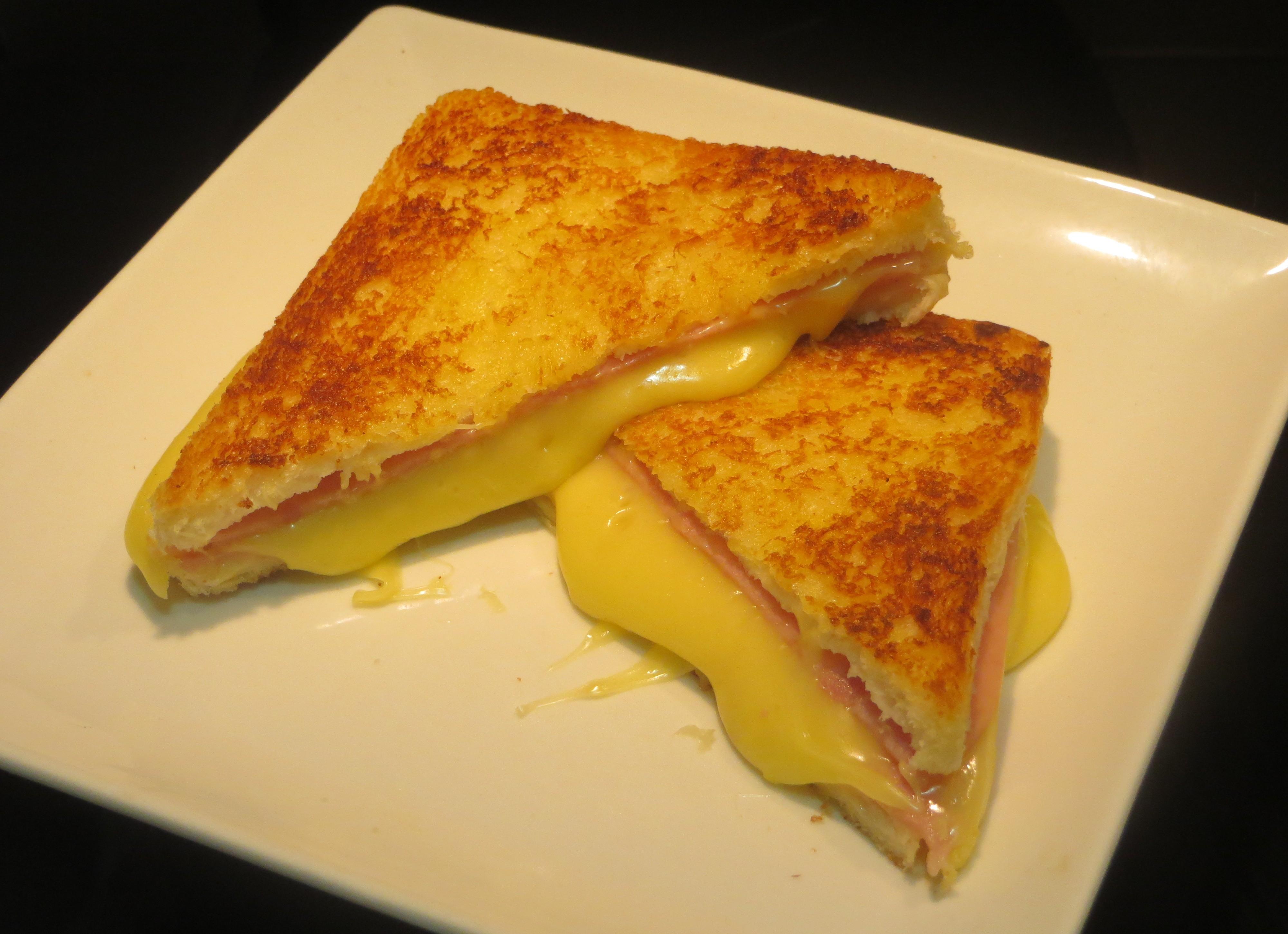 emparedado de jamón york y queso