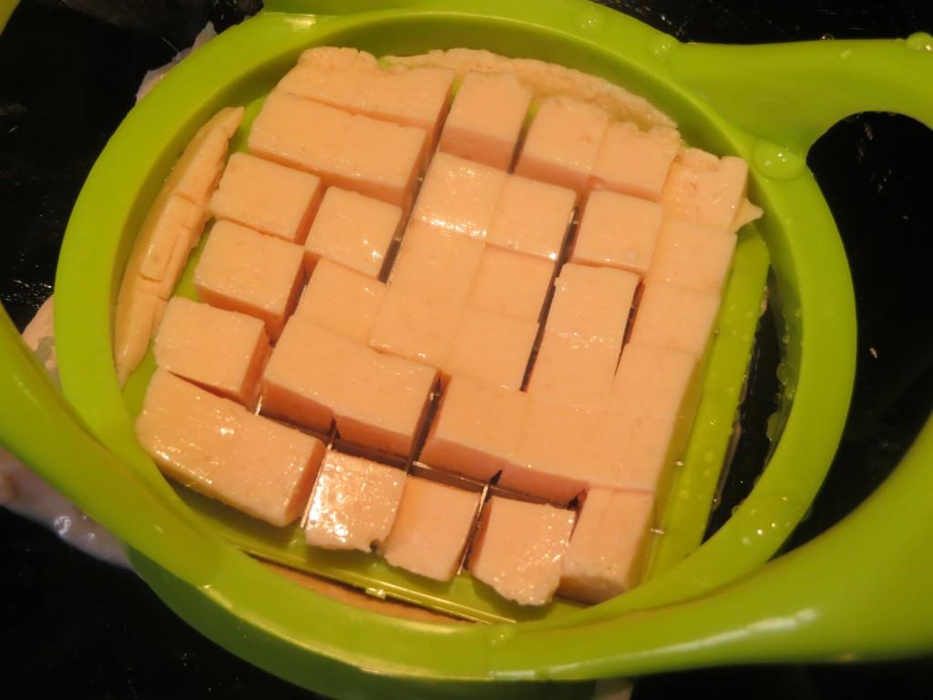 gelatina de salmón ahumado cortada