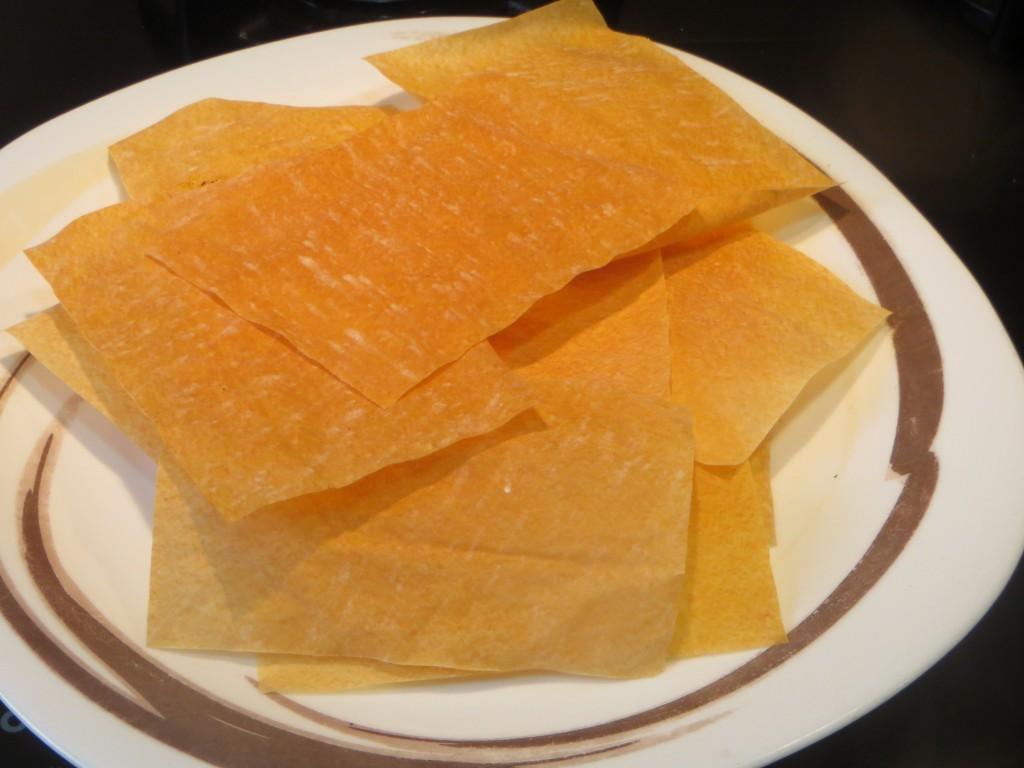 placas de pasta filo doradas